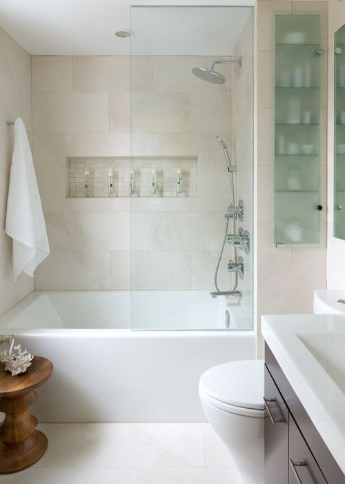 Inspirations for Decorating Small Bathrooms on Small Budget 2